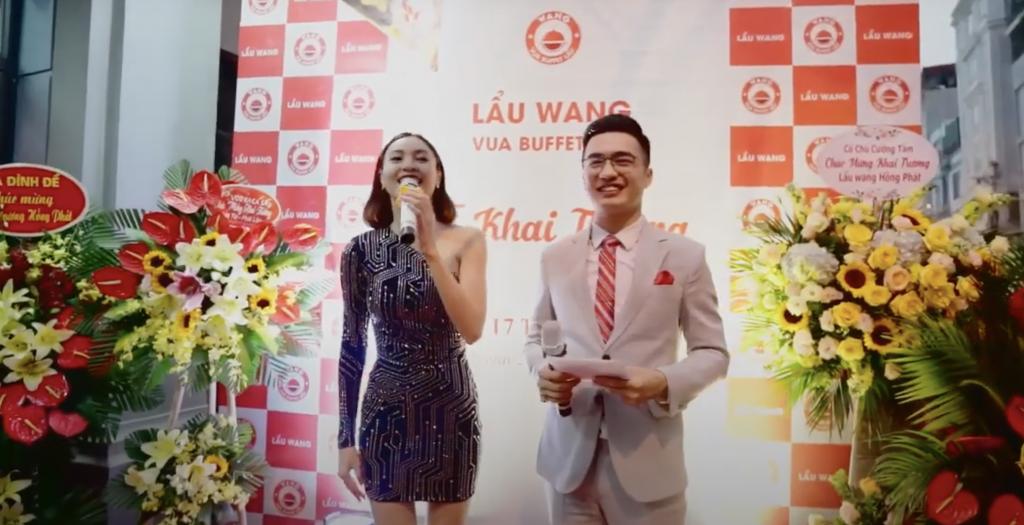 Chia sẻ tại lễ khai trương, Lan Ngọc thể hiện sự hài lòng về chất lượng món ăn và thái độ phục vụ của Lẩu Wang