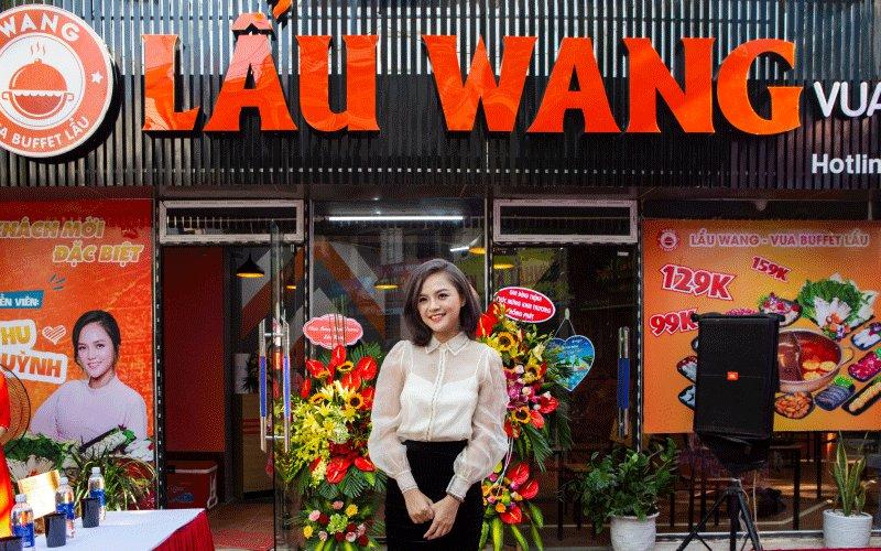 Diễn viên Thu Quỳnh cũng có mặt và check in ngạy tại Lẩu Wang Văn Quán