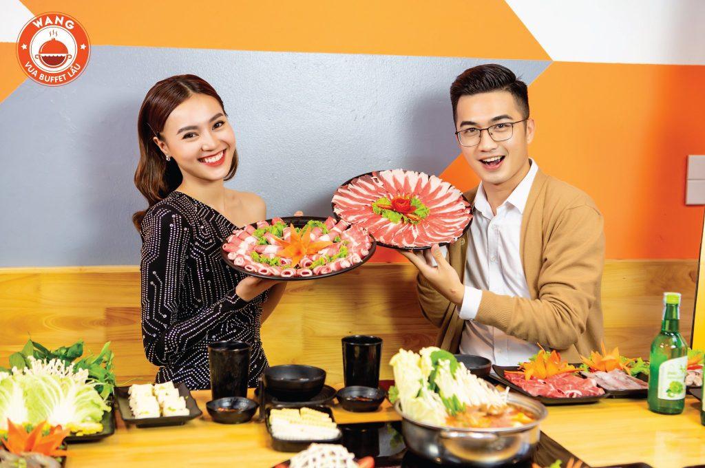 Diễn viên Ninh Dương Lan Ngọc đã đến và tin tưởng dùng bữa tại Cơ sở Tam Khương